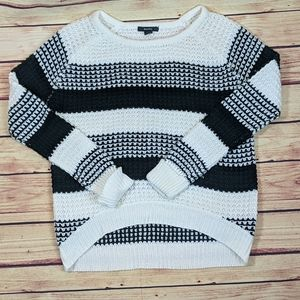 Majora Cable Knit Sweater Size Large